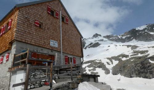 Artikelbild zu Artikel Barmer Hütte erwacht aus dem Winterschlaf